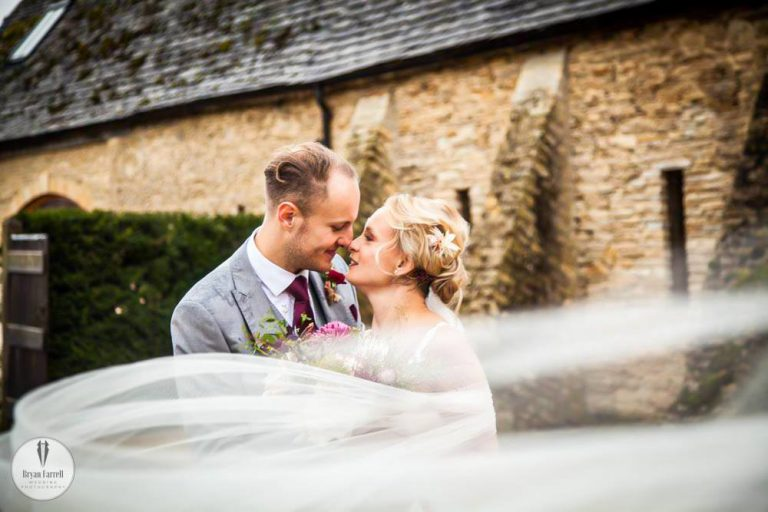 Oxleaze Barn Weddings.